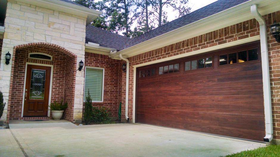 Accent Woodtones Garage Doors