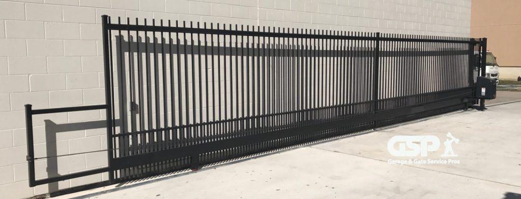 Metal Side Gate